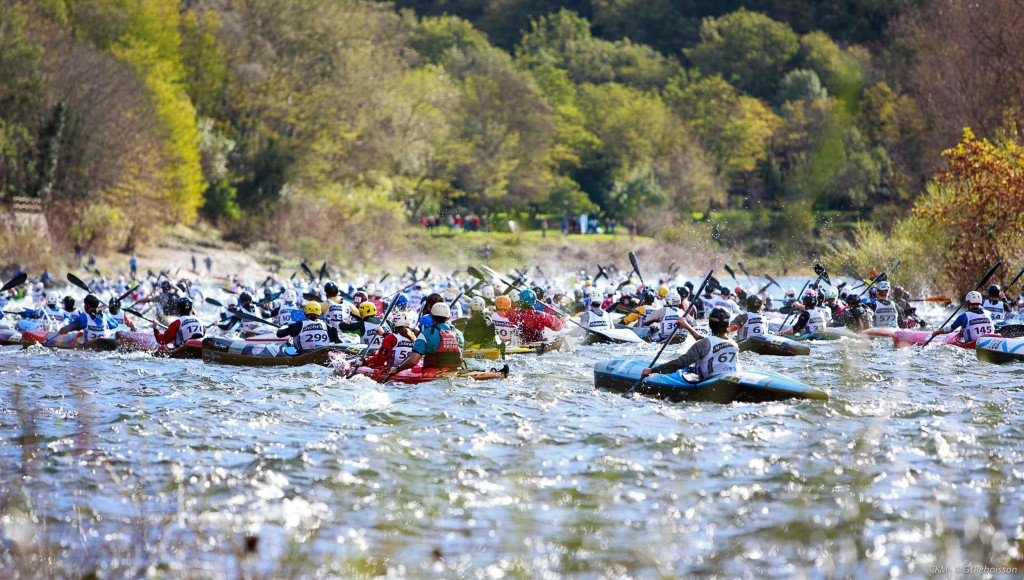 Kayak-Marathon-Ardeche-2013-depart_marathon_fin-gilles-reboisson