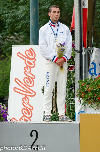 championnats_du_monde_descente_2014_podium_classique_hostens