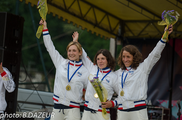 championnats_du_monde_descente_2014_podium_patrouille_KD
