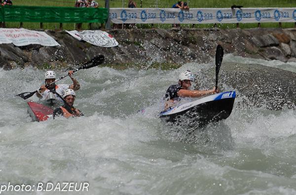 championnats_du_monde_descente_2014_equipe_sprint_kayaks_hommes